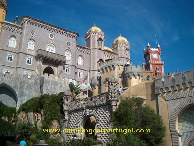 Sábado, durante a manhã, visitámos o Palácio Nacional da Pena e os seus jardins