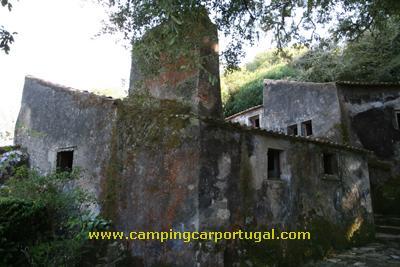 Na parte da tarde, fomos visitar o Convento dos Capuchos, construído em 1560 por D.Álvaro de Castro