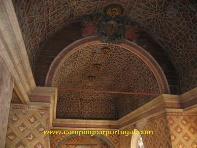 Pormenor do tecto da capela, em carvalho, do séc.XIV